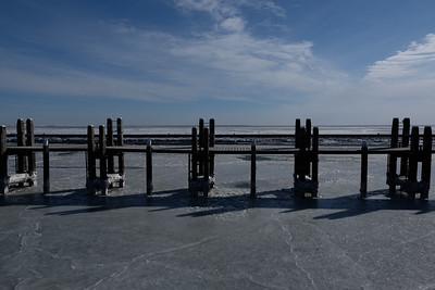 Haven Terschelling met pier en bevroren zee #1