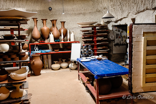 Short visit at a pottery workshop