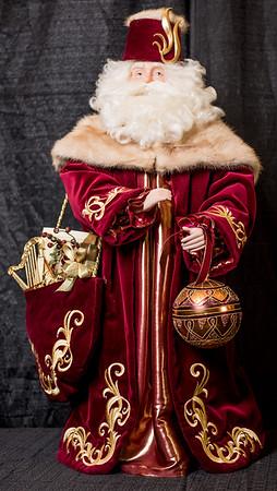 007 Burgendy Santa (7 of 9)