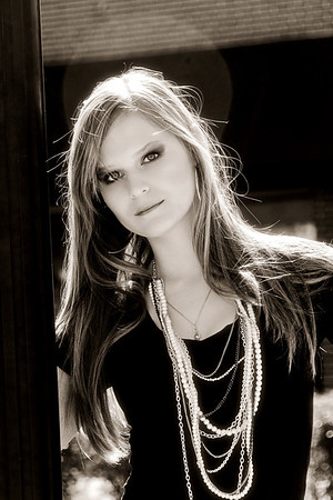 Deltona Senior Portrait Photographer. © Nora Kramer Photography. All rights reserved. Photos may not be used without permission.