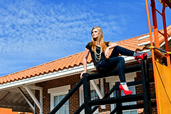 Port Orange Senior Portrait Photographer. © Nora Kramer Photography. All rights reserved. Photos may not be used without permission.