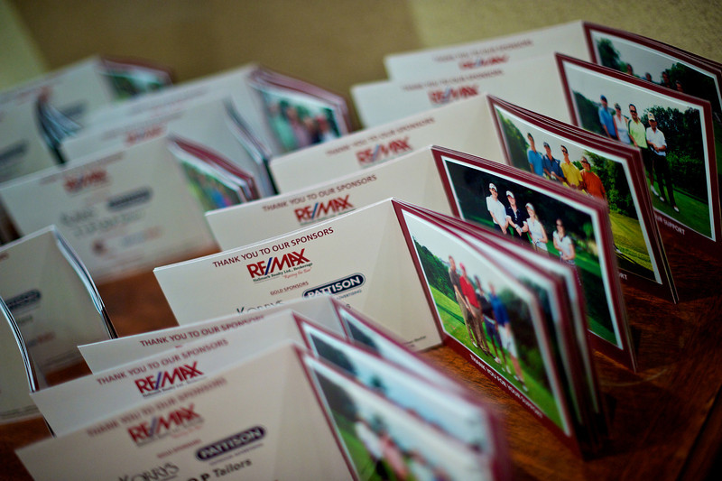 On-site printing for golf tournaments, special events and weddings. Your guests will take home a 4x6 or 5x7 photo in a custom designed photo frame. These frames are perfect for promoting your event sponsors, company or a personal message.