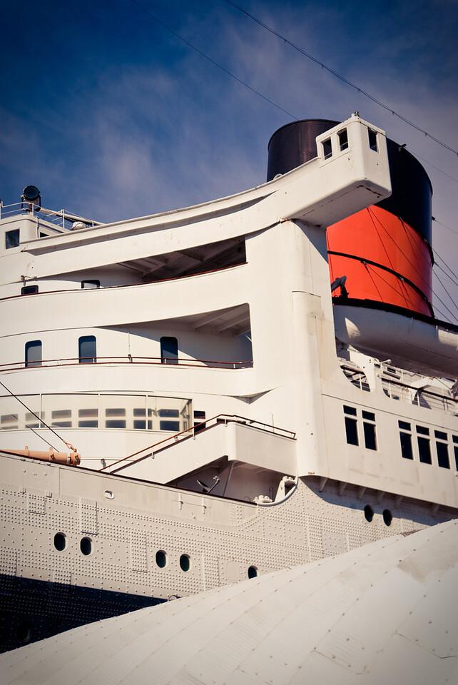 Queen Mary Smokestack