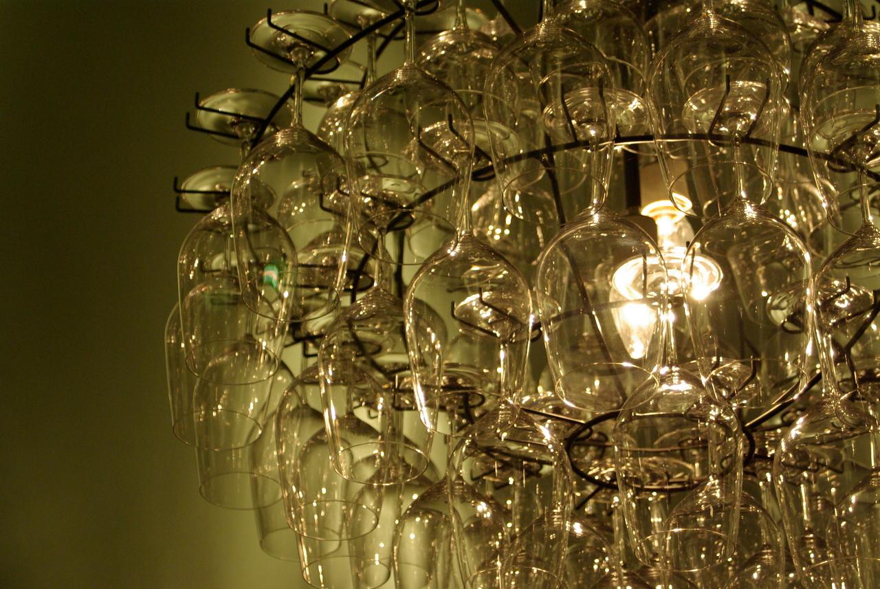 wine glass chandelier, Aviation Winery, Prosser,Washington.