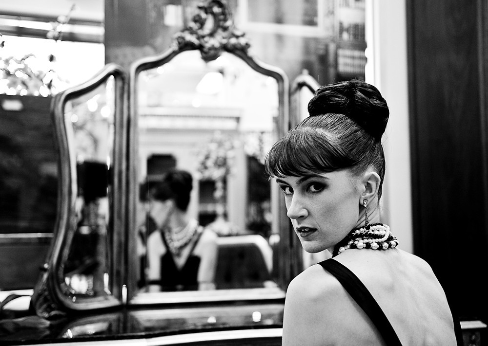 Fashion Photographer, Mike Gleeson, Giltwood Photographic Services, Melbourne, Australia,<br /> 0414 903 534