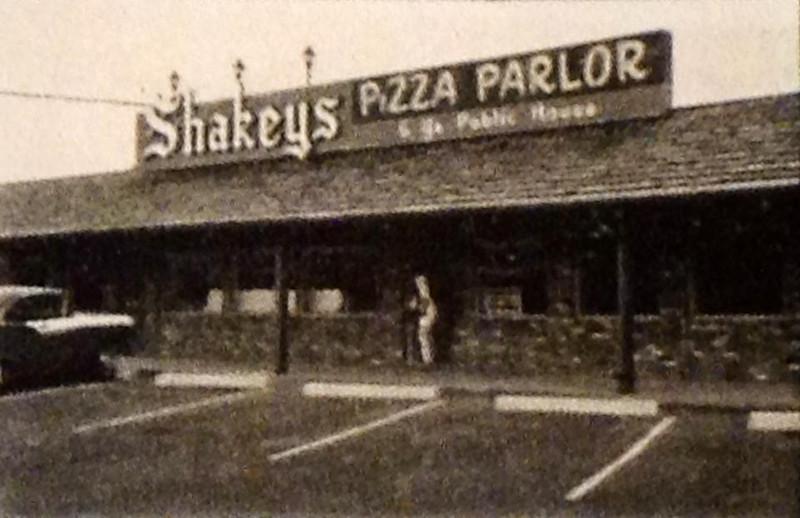 Shakeys (Found by Karen Eifler, thanks)