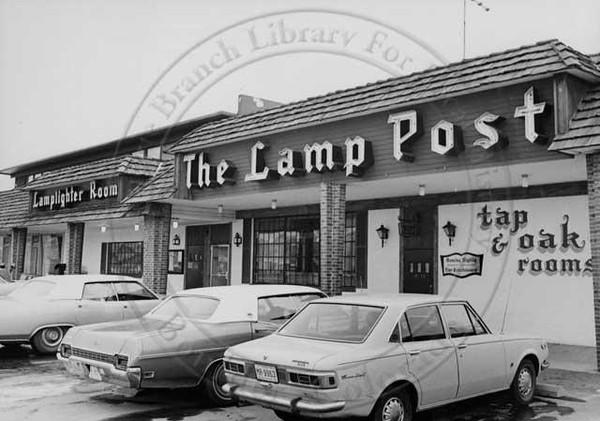 Lamp Post and Lamp Lighter (found by Karen Eifler, thanks)