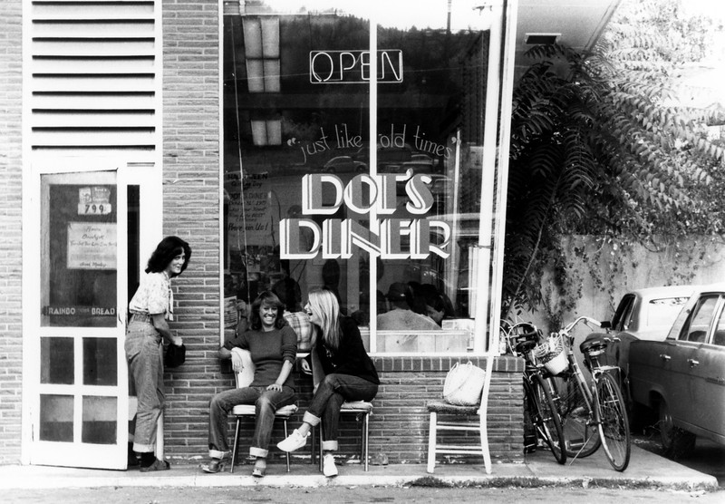 Dot's Diner (found by Jennifer Peters, thanks)