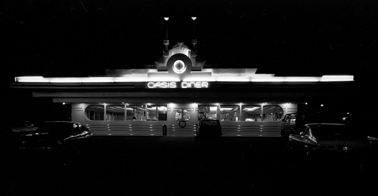 Oasis Diner (found by Jennifer Peters Johnson, thanks)