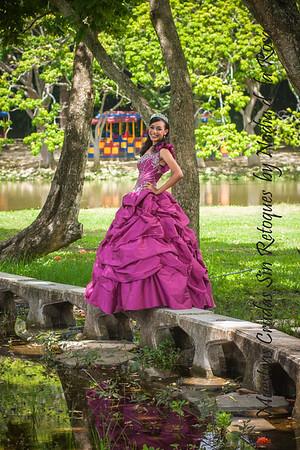 IMG_6985_July 06, 2013_Sesion de quinceaños Nicole @ Parque Mirador Norte
