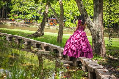 IMG_6977_July 06, 2013_Sesion de quinceaños Nicole @ Parque Mirador Norte