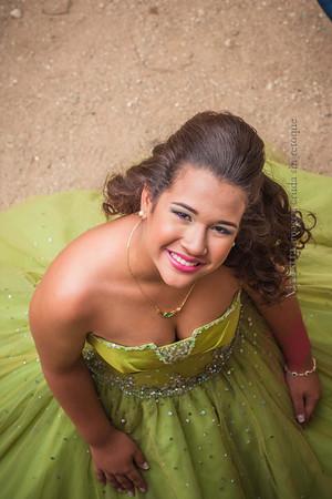 IMG_1721 January 03, 2014Sesion de Quinceaños de Maria Isabel