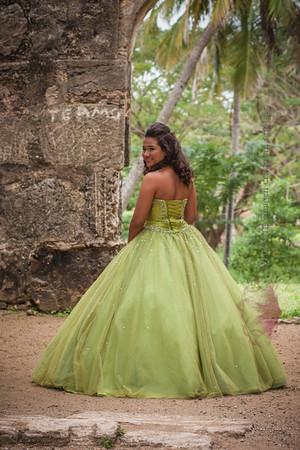 IMG_1713 January 03, 2014Sesion de Quinceaños de Maria Isabel