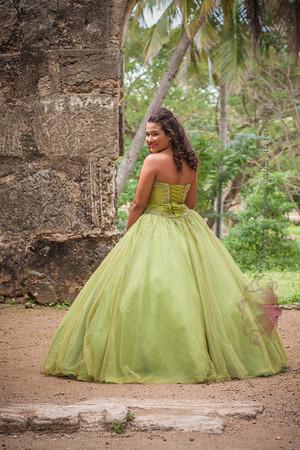 IMG_1715 January 03, 2014Sesion de Quinceaños de Maria Isabel