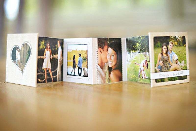 Accordin mini books are small 3x3 brag books. They are great to keep in your purse, on a window seal or give as gifts to grandparents
