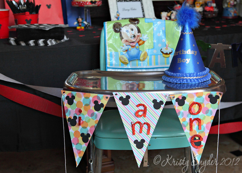 Prepping for the cake .....   Love the retro-highchair borrowed from an auntie.