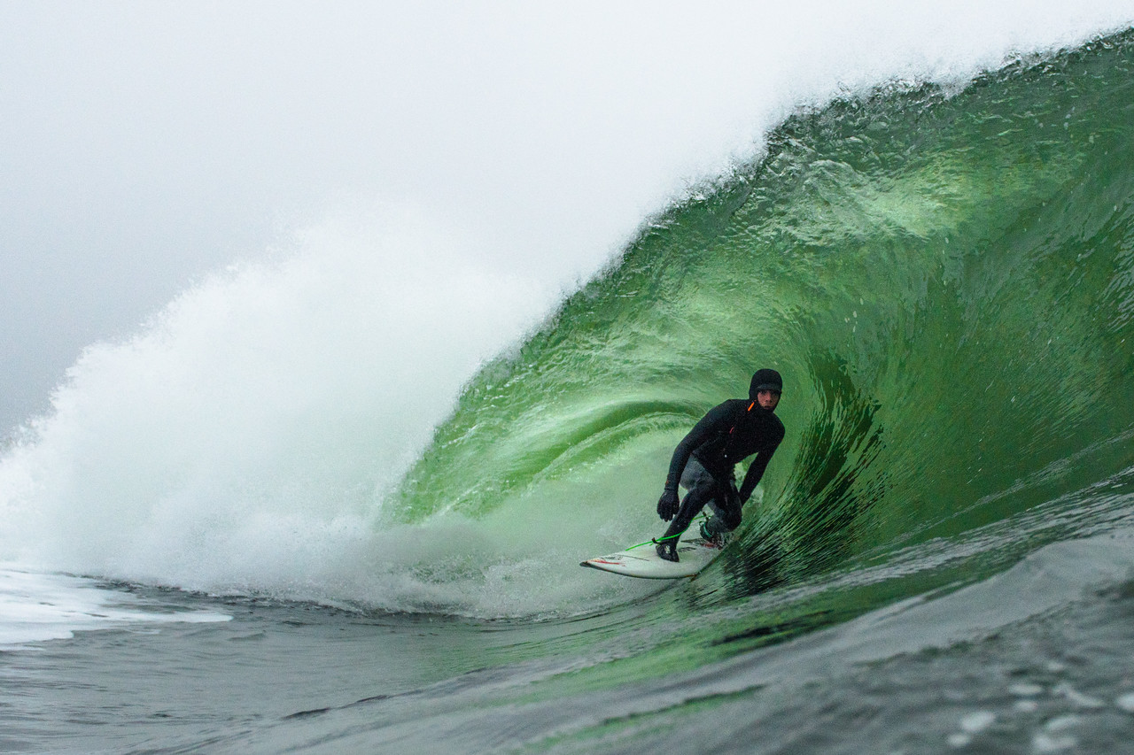 aaron dees surfing pampa