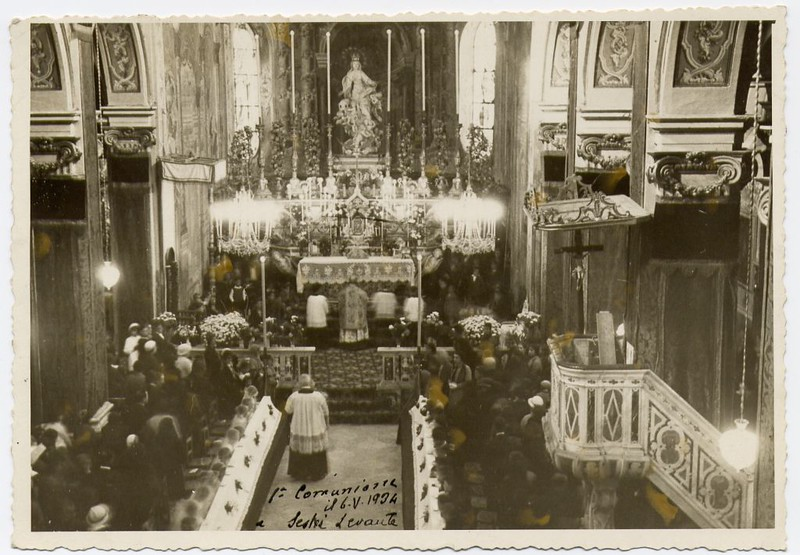 First communion in Sestri Levante; church of Santa Maria di Nazareth, 6th of May 1934.<br /> <br /> Sestri Levante, la prima comunione in Santa Maria di Nazareth: 6 maggio 1934