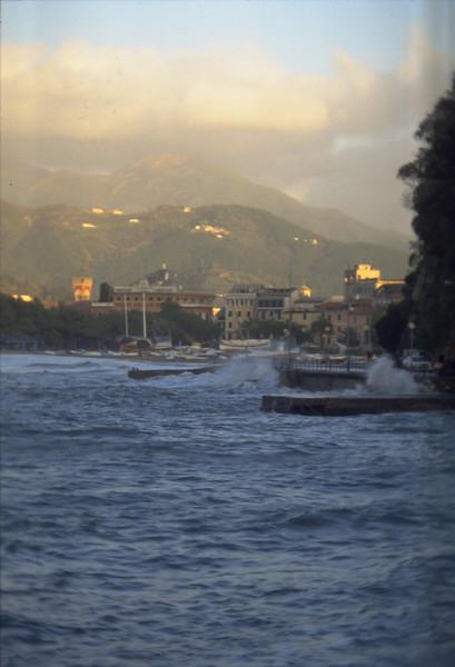 A seastorm in the Bay of Fairy Tales<br /> <br /> Una mareggiata nella baia delle Favole