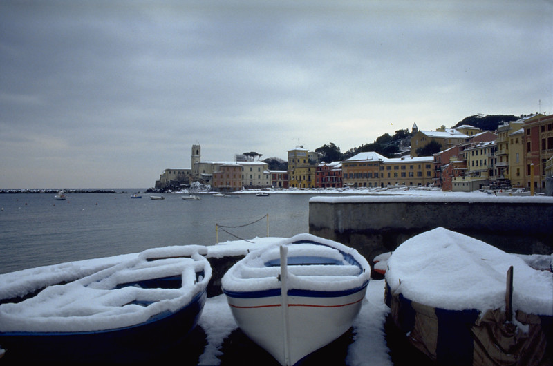 Snow in the Bay of Silence<br /> <br /> La Baia del Silenzio innevata.