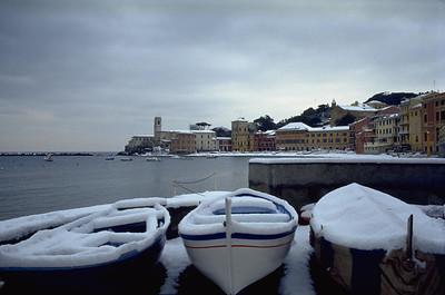 Snow in the Bay of Silence  La Baia del Silenzio innevata.