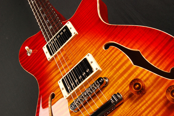 DG-193 Dark Cherry Sunburst #2, HH Pickups