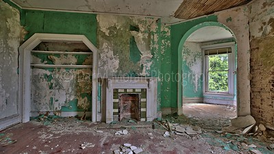 Abandoned Mansion in VA (20)