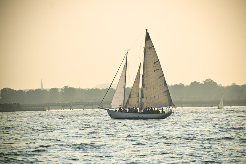 Sailboat on the Hudson