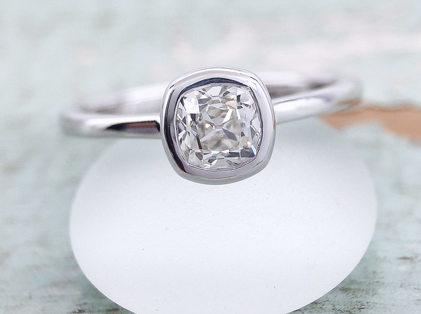 0.62ct Antique Cushion Diamond in Sholdt R523 Bezel