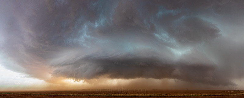 Dusty Supercell