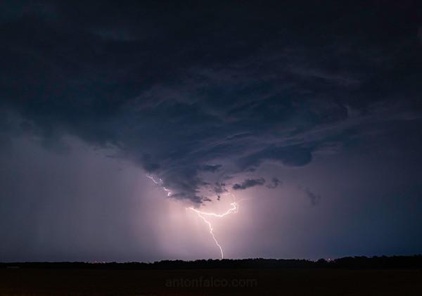 Niagara Lightning