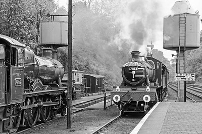 7802 'Bradley Manor' and 7812 'Erlestoke Manor' at Bewdley