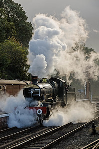 7812 'Erlestoke Manor' at Bewdley