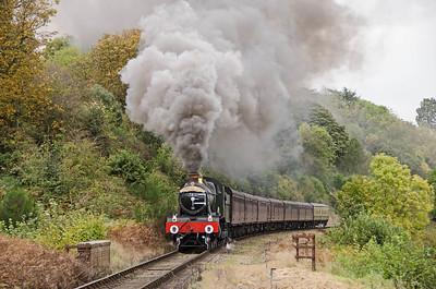 7812 'Erlestoke Manor' north of Bewdley