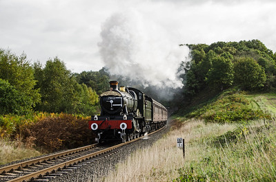 7812 'Erlestoke Manor' near Bewdley Tunnel
