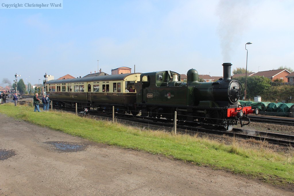 The auto-train arrives from Bewdley