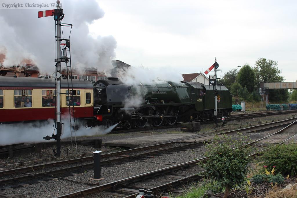 The Duchess makes light work of the full train