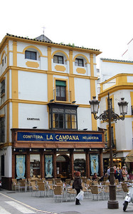 La Campana This is a great little cake/ice-cream/beer shop, if a little expensive.