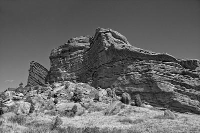 Red-Rocks-BnW
