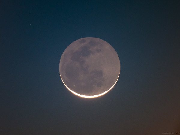 Crescent of a very old Moon