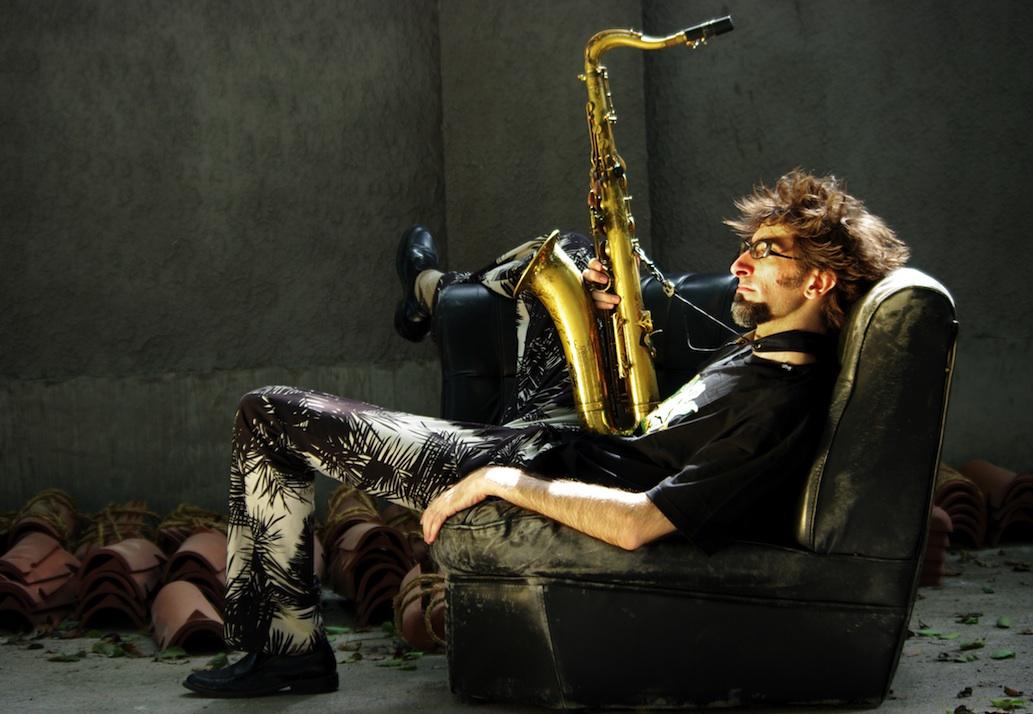 New York saxophone player Alec Haavik, 2009