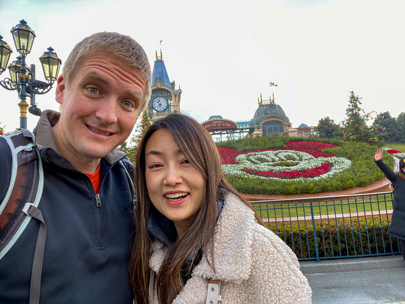Anna and I decided to visit Shanghai Disney!  It was an incredibly full and fun day.  It's nice having a Disney a 30 minute cab ride from your house.  It's very Disney - down to the social distancing markings on the ground (which people generally ignore because we aren't in the States!)