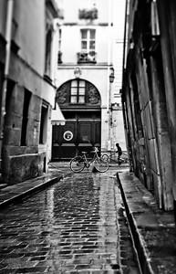Ride. Paris