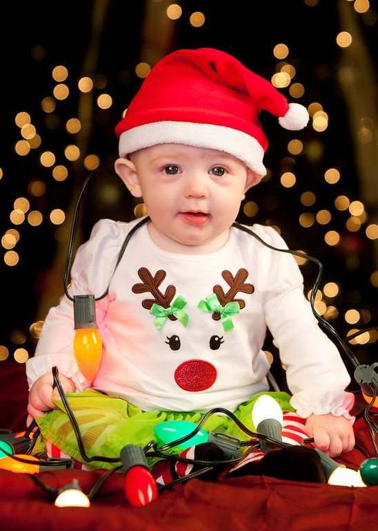 IMAGE: http://www.freelancepictures.com/Shannon/Clara/Christmas-2012/i-mJM53v2/0/XL/IMG_0044-XL.jpg