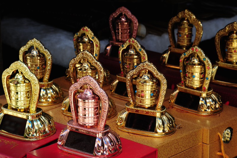 Solar powered electric table prayer wheels
