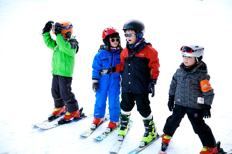 NBS learn to ski for kids