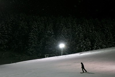 Night Snowboarding Niseko Japan