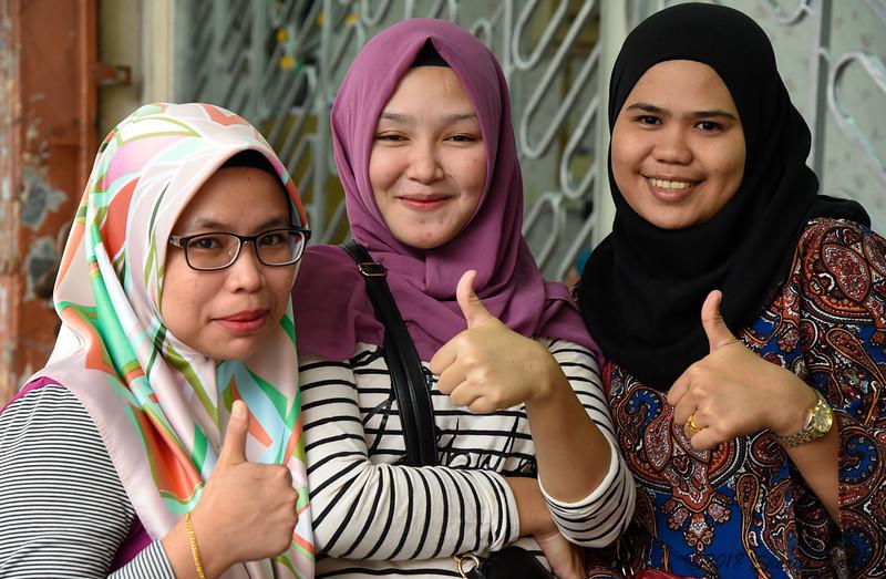 Three Young Women, Thumbs Up, Kota Kinabalu
