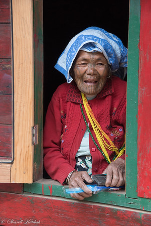 Chin Woman with Toothbrush and Comb, Aye, Chin State