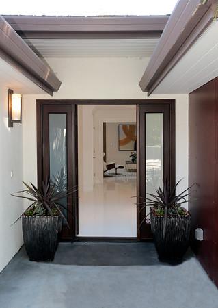 284 Quinnhill Rd, Los Altos (Carole Feldstein only)